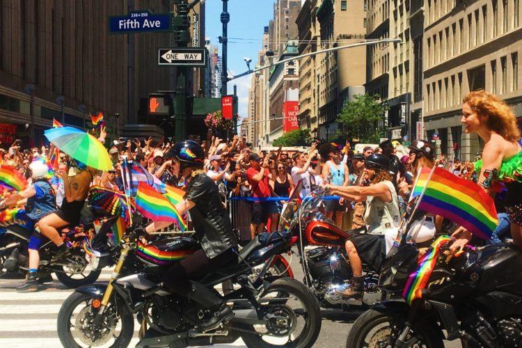 งานแต่งงาน lgbtq แรงบันดาลใจ nyc pride parade 2017